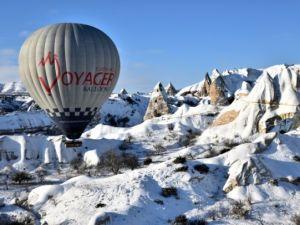 Kapadokya'da sıfırın altında balon turu