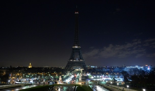 Paris'teki saldırıya tepkiler sürüyor 19