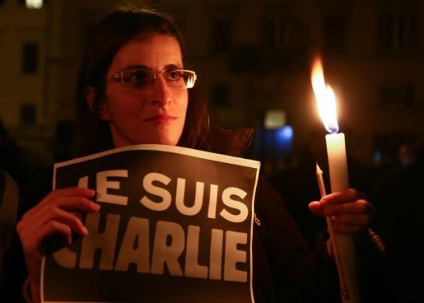 Paris'teki saldırıya tepkiler sürüyor 23