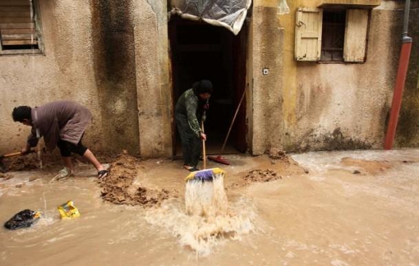 Refah kentinde sağanak 11