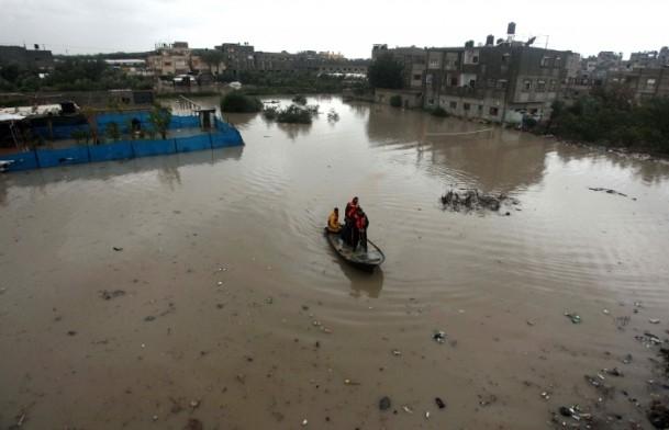 Refah kentinde sağanak 6