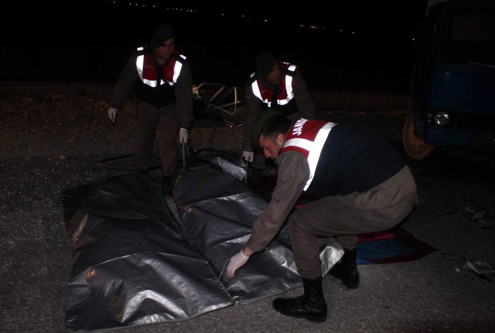 Konya'da trafik kazası 5 ölü, 4 yaralı 3