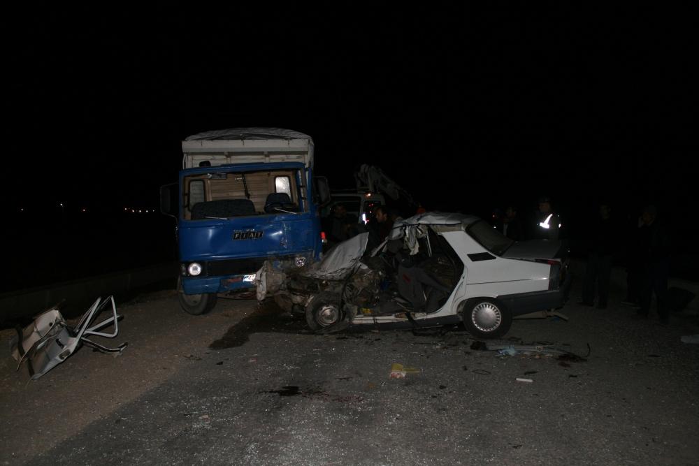 Konya'da trafik kazası 5 ölü, 4 yaralı 6