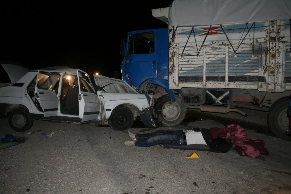 Konya'da trafik kazası 5 ölü, 4 yaralı 7