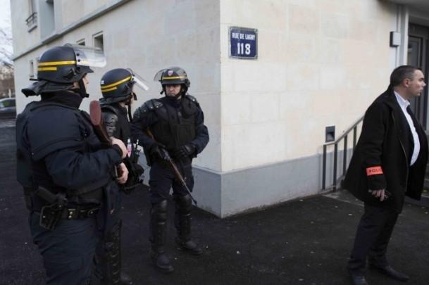 Paris saldırganları öldürüldü 12