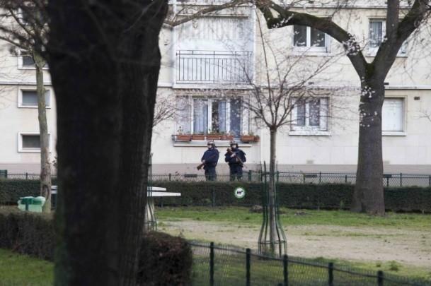 Paris saldırganları öldürüldü 14