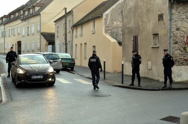 Paris saldırganları öldürüldü 21