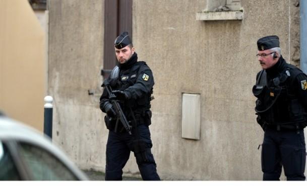 Paris saldırganları öldürüldü 23