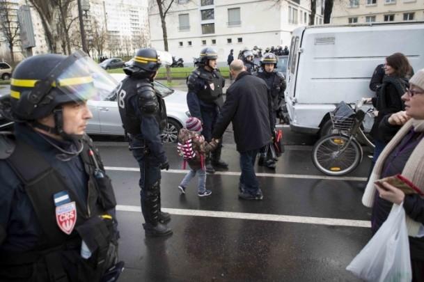 Paris saldırganları öldürüldü 6