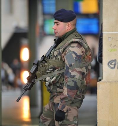 Paris'te Cumhuriyet Yürüyüşü 8