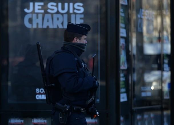 Paris'te Cumhuriyet Yürüyüşü 9