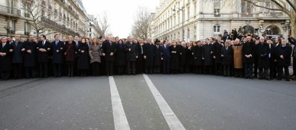 Paris'te Cumhuriyet Yürüyüşü 6