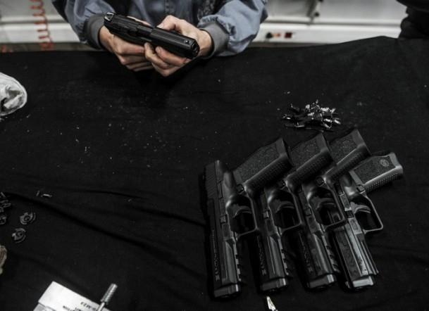 Polise yerli silah 11