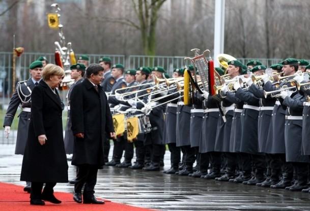 Başbakan Ahmet Davutoğlu Almanya'da 9