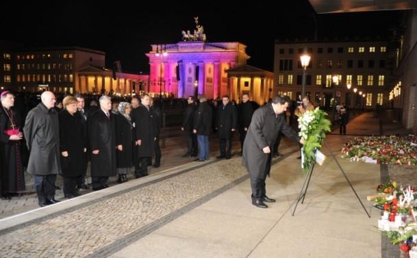Almanya'daki Müslümanlar saldırıyı kınadı 2