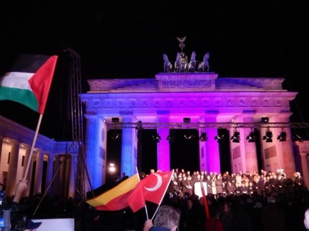 Almanya'daki Müslümanlar saldırıyı kınadı 6