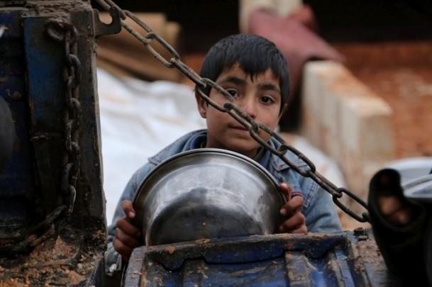 Suriye kamplarında sıcak yemek sevinci 4