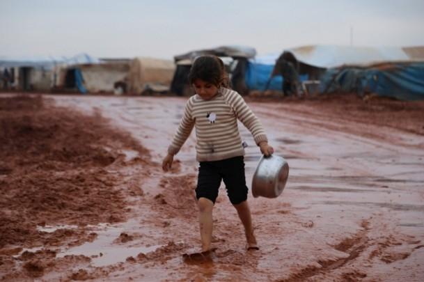 Suriye kamplarında sıcak yemek sevinci 8