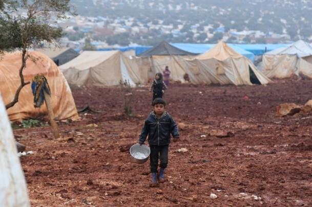 Suriye kamplarında sıcak yemek sevinci 9
