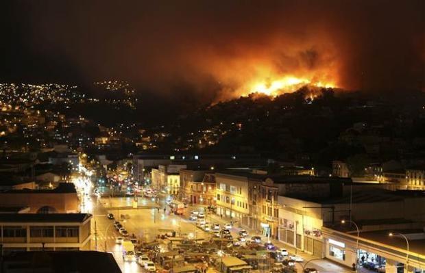 Şili'de büyük orman yangını 12