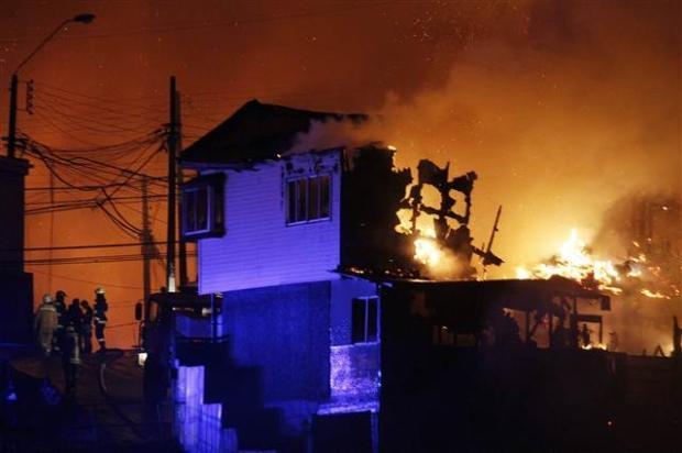Şili'de büyük orman yangını 13