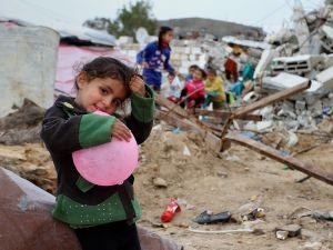 Gazze'de evsiz ailelerin yaşam mücadelesi