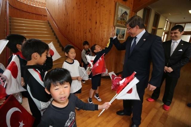 DAVUTOĞLU'NA JAPONYA'DA BÜYÜK İLGİ 18