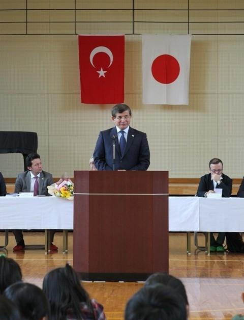 DAVUTOĞLU'NA JAPONYA'DA BÜYÜK İLGİ 2