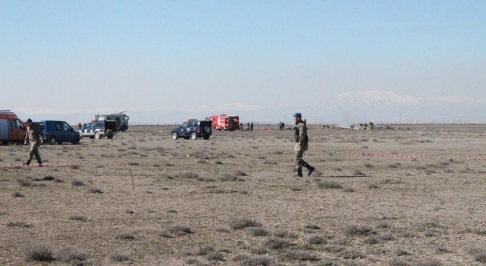 Konya'da Eğitim Uçağı Düştü: 2 Pilot Şehit 4
