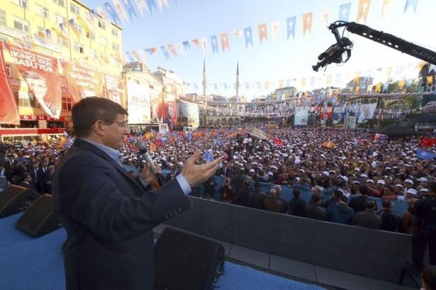 Davutoğlu Türkiye'yi il il gezdi 15