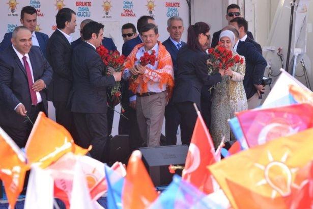 Davutoğlu Türkiye'yi il il gezdi 28