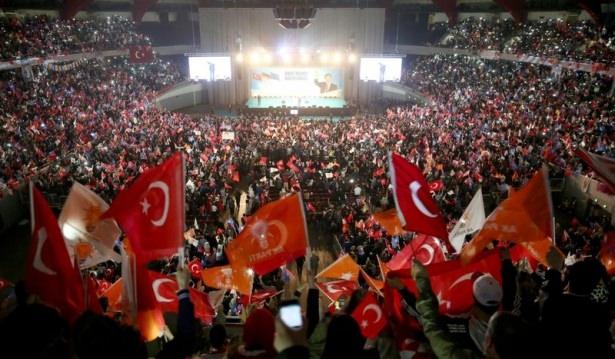 Davutoğlu Türkiye'yi il il gezdi 30