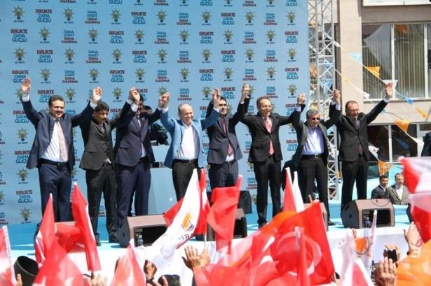 Davutoğlu Türkiye'yi il il gezdi 33