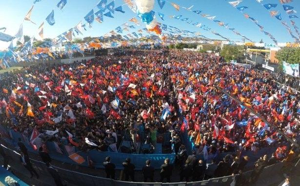 Davutoğlu Türkiye'yi il il gezdi 40