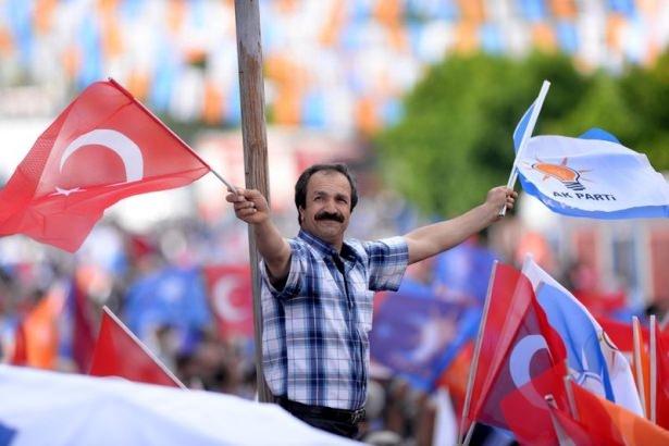Davutoğlu Türkiye'yi il il gezdi 48