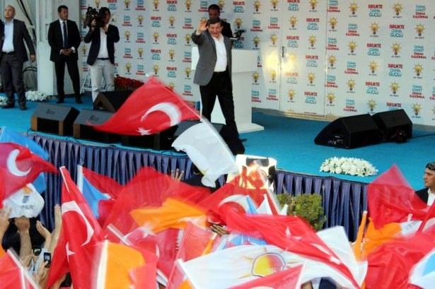 Davutoğlu Türkiye'yi il il gezdi 50