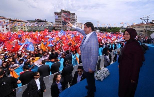Davutoğlu Türkiye'yi il il gezdi 54