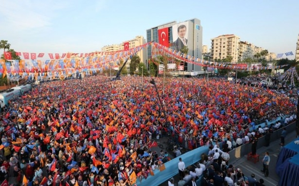 Davutoğlu Türkiye'yi il il gezdi 56