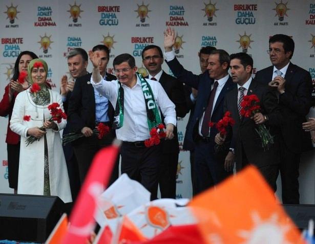 Davutoğlu Türkiye'yi il il gezdi 64