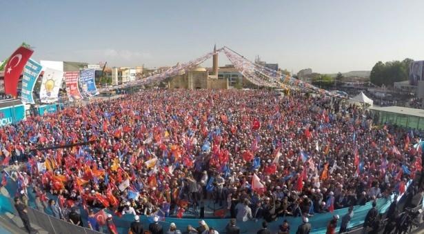 Davutoğlu Türkiye'yi il il gezdi 78