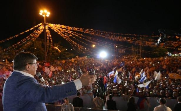 Davutoğlu Türkiye'yi il il gezdi 81