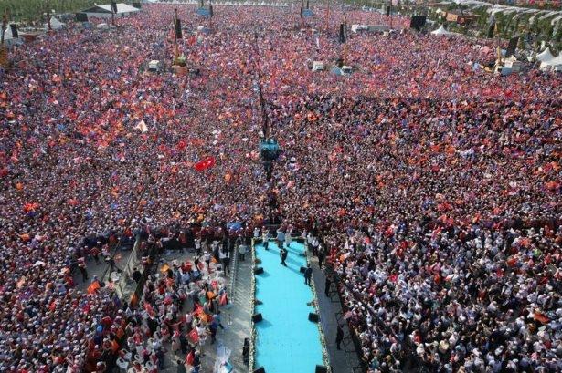 Davutoğlu Türkiye'yi il il gezdi 85