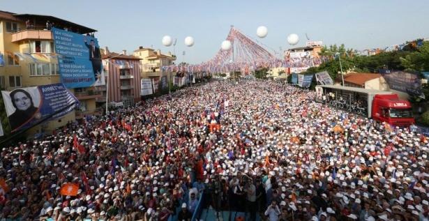 Davutoğlu Türkiye'yi il il gezdi 90