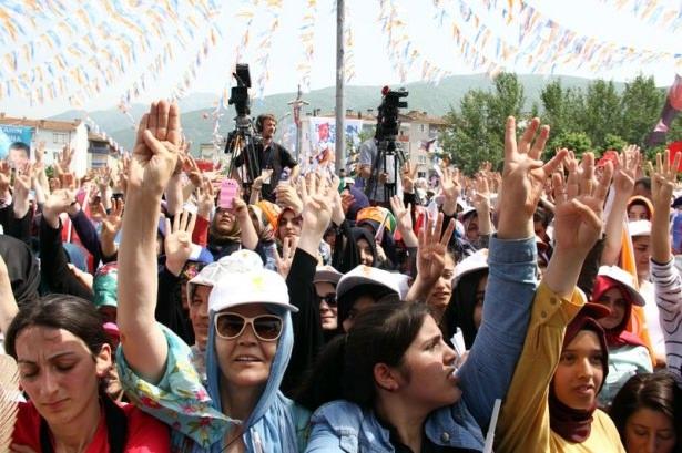 Davutoğlu Türkiye'yi il il gezdi 93