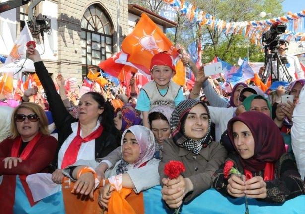 Davutoğlu Türkiye'yi il il gezdi 99