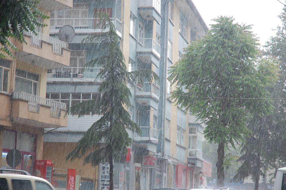 Akşehir'i sel vurdu! 4