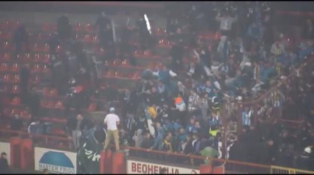Sırbistan'da futbol maçında ırkçı saldırı 2