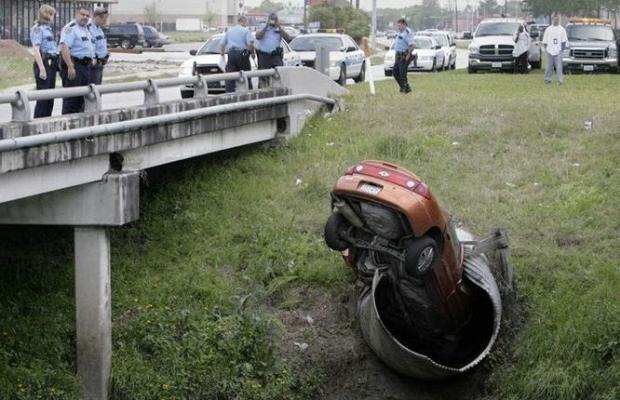 Dünyanın en ilginç trafik kazaları 17