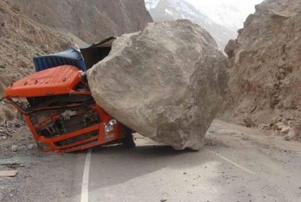 Dünyanın en ilginç trafik kazaları 2