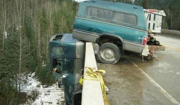 Dünyanın en ilginç trafik kazaları 26